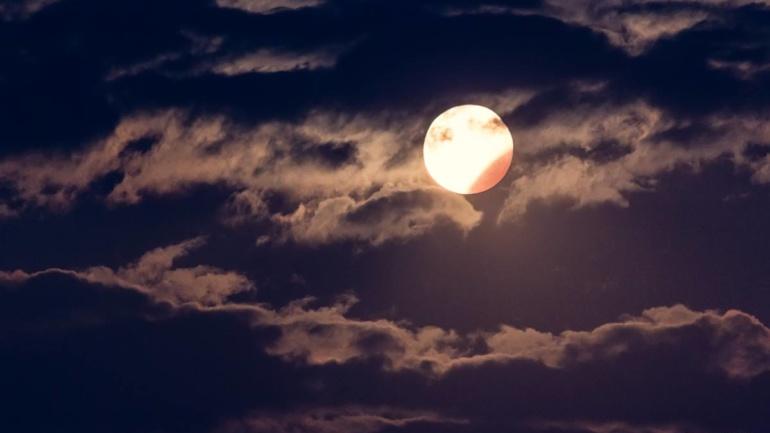 Делумно затемнување на Месечина – 7 Август 2017