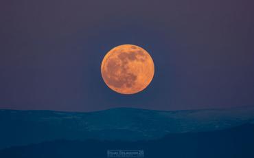 Не ја пропуштајте последната супер месечина за оваа година