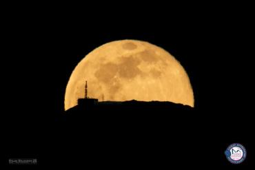 Полна Месечина со Антената на Пелистер
