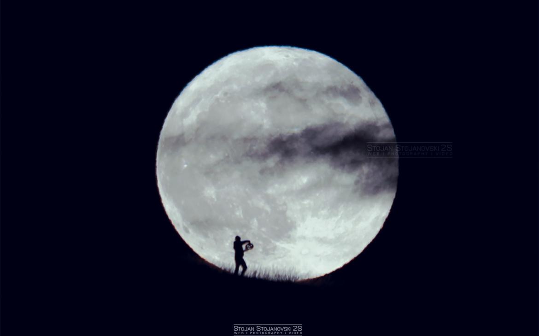Фото/Видео: Втората полна месечина изгреа во Октомври